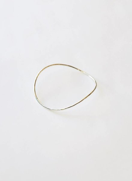 Knuckle Kiss Sway Bangle - Sterling Silver