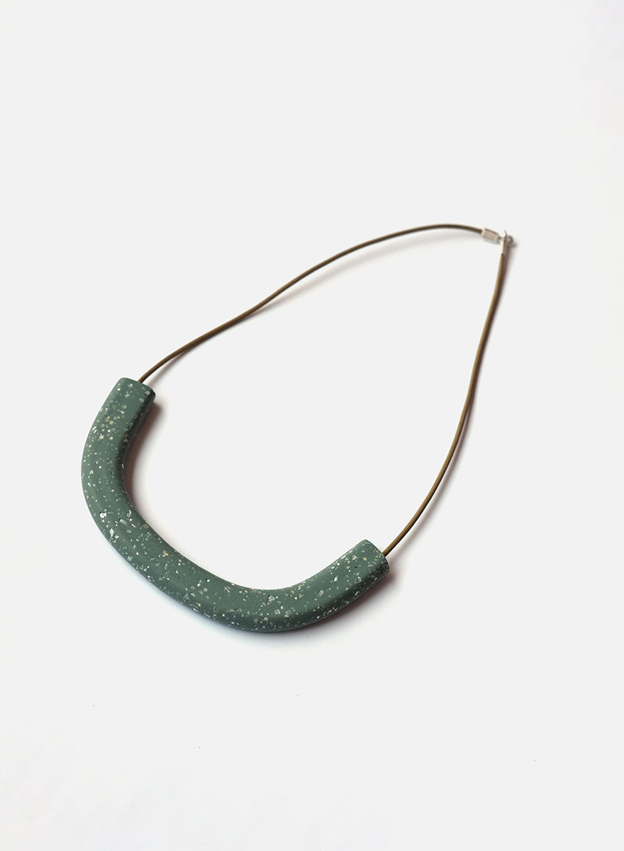 Surface Handmade Surface - Collar- Sage/Pearl
