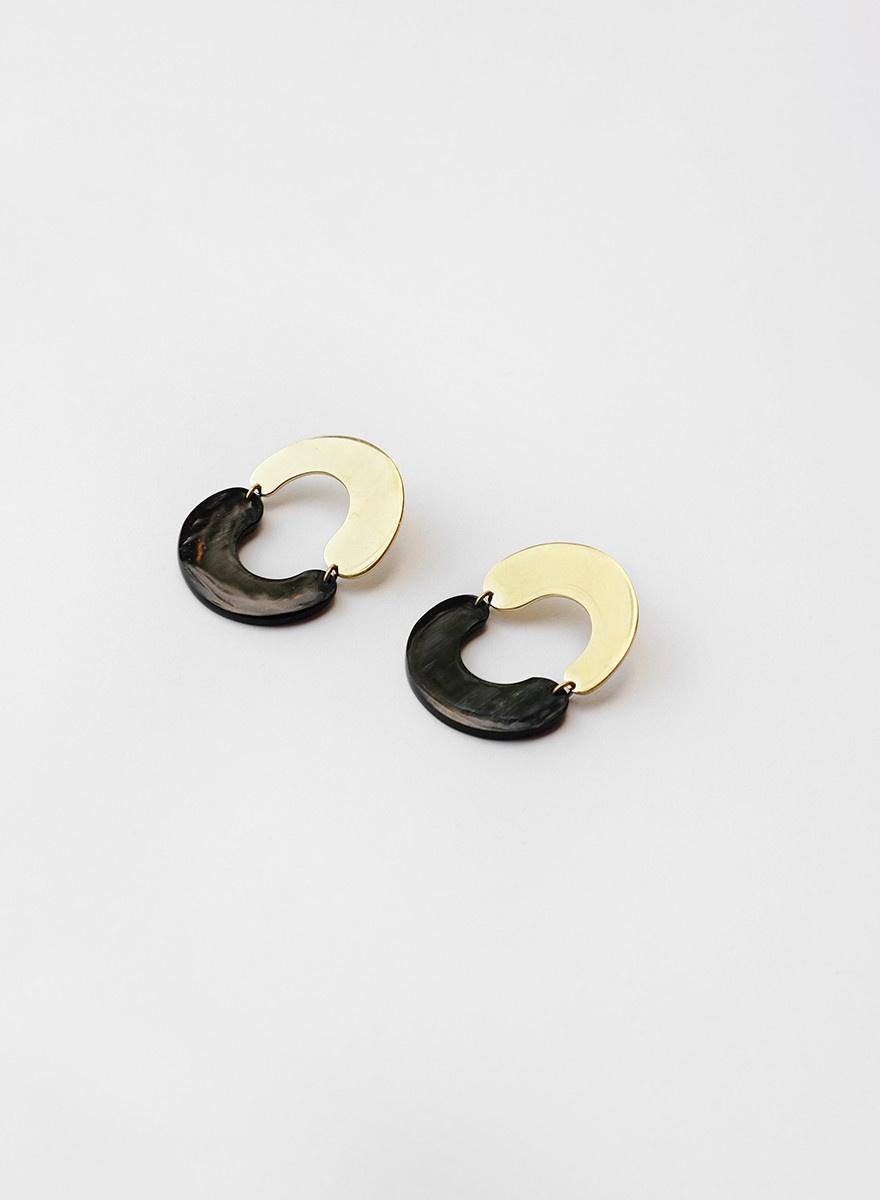 Soko Soko - Miro Brass/Horn Earrings