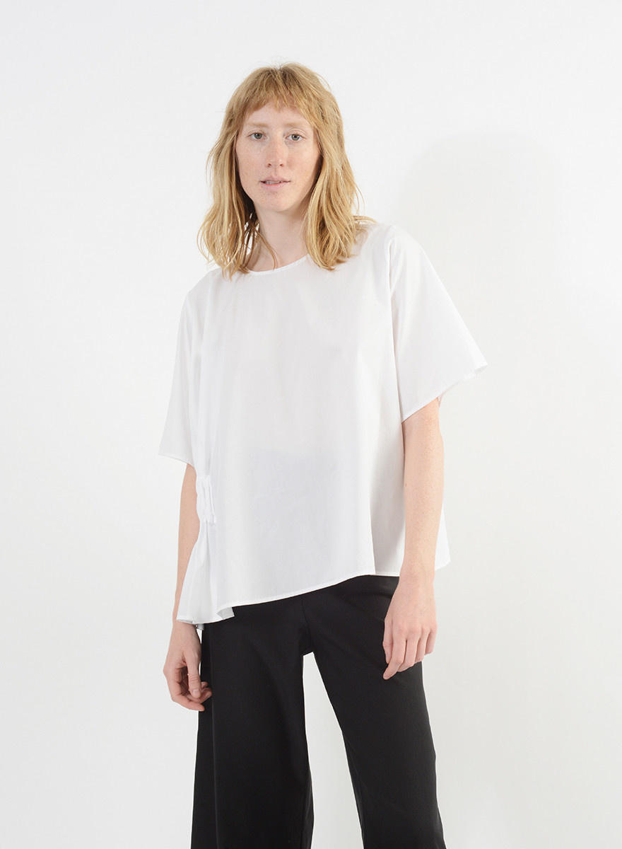 Elastic Side Top - White