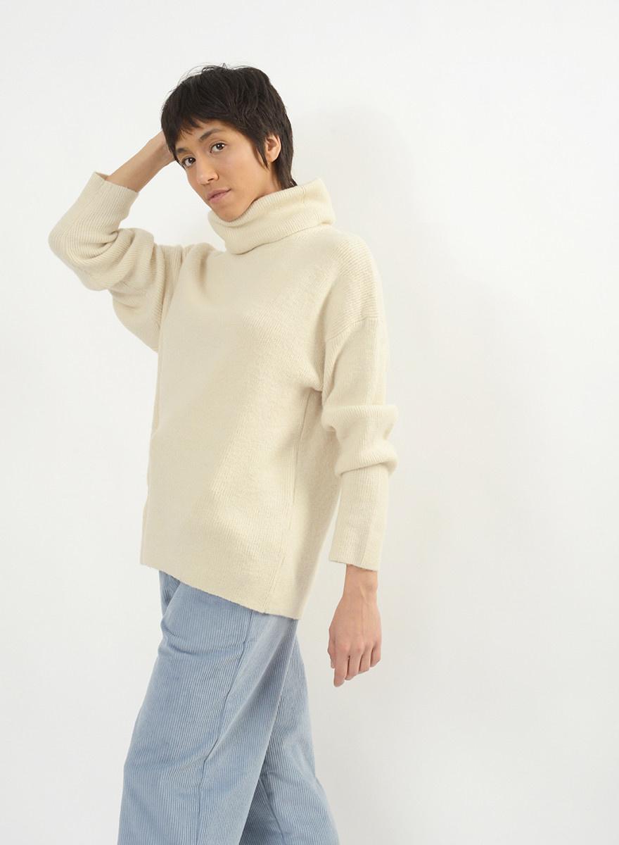 Oversized Turtleneck Sweater - Ivory