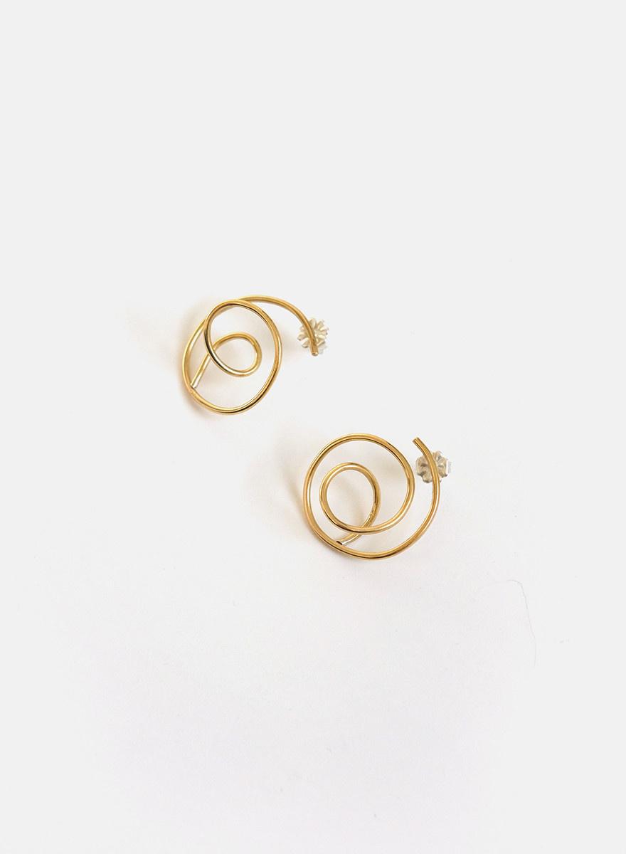 Knuckle Kiss - Tangle Earrings - Brass