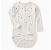 Tea Collection Star Henley Hi-Lo Top in Ecru