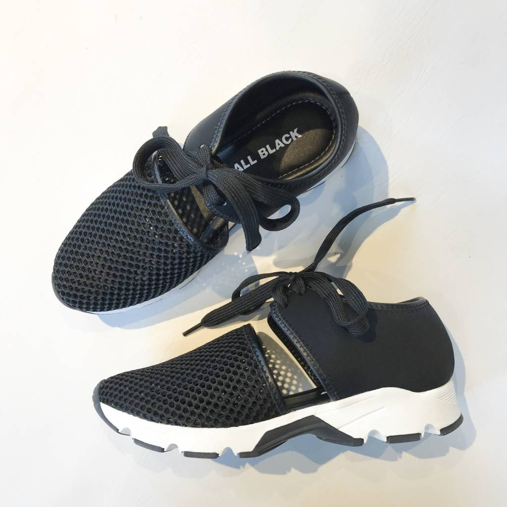 Amazing Mesh Sneaker