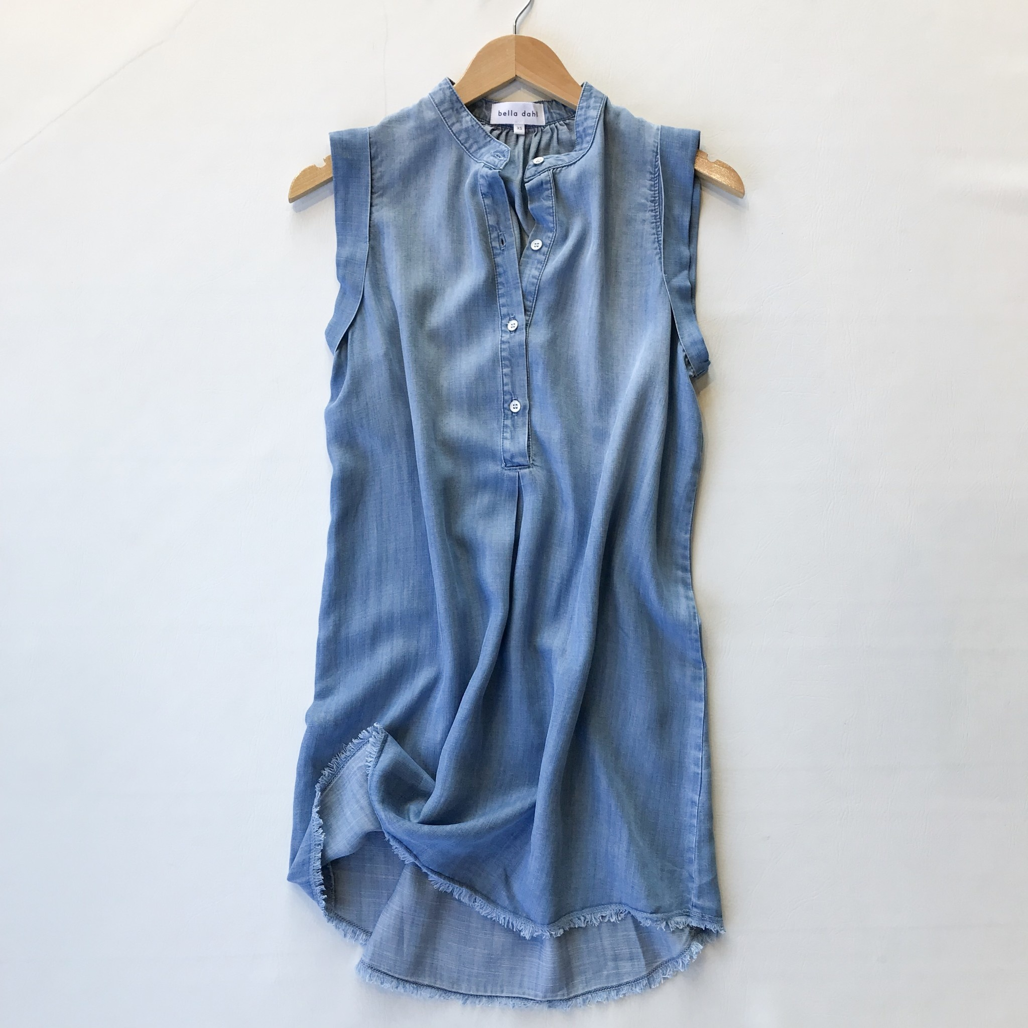 0f6378a72ad88 frayed hem capslv pleat front dress - Blue