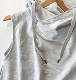 Sleeveless raglan hoodie