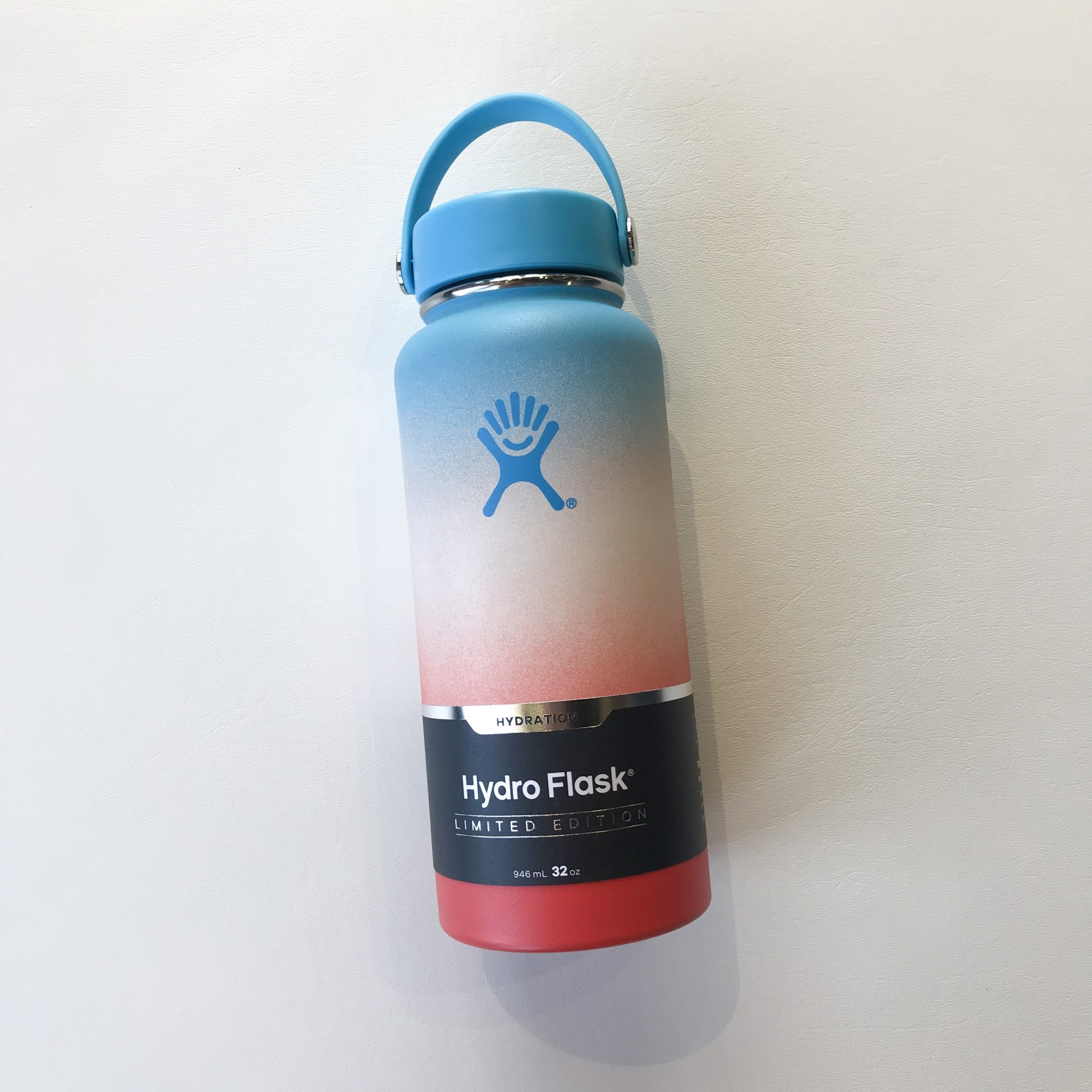 Hydro flask 32 oz keiki rainbow limited edition