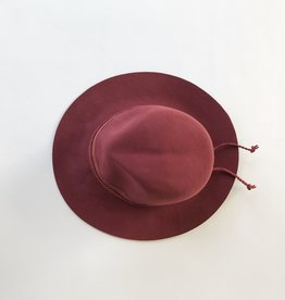 camille hat