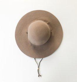 vivian hat