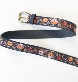 Lucky Brand floral embroidery belt