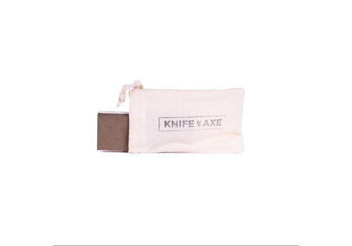 knife and axe Pierre À Aiguiser Les Couteaux