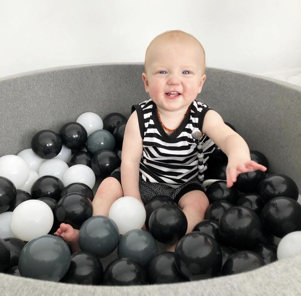 BabyLu & Co BabyLu & Co - Ball Pit Grey (White/Grey/Black)