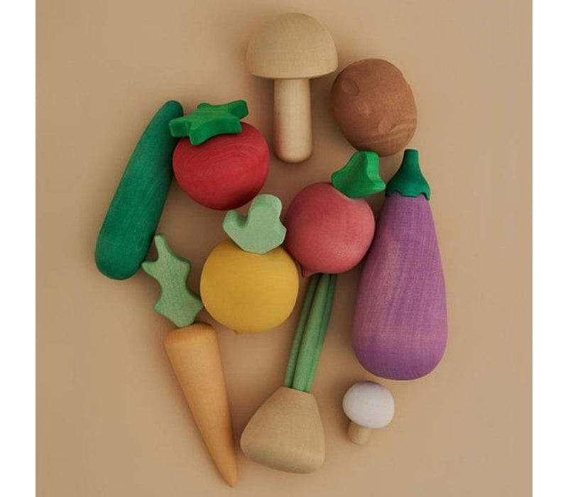 Wooden vegetables