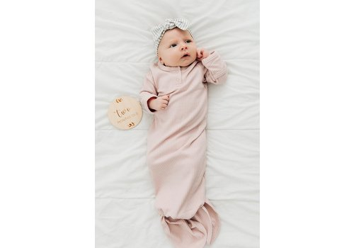 MEBIE BABY Petal pink ribbed knot gown