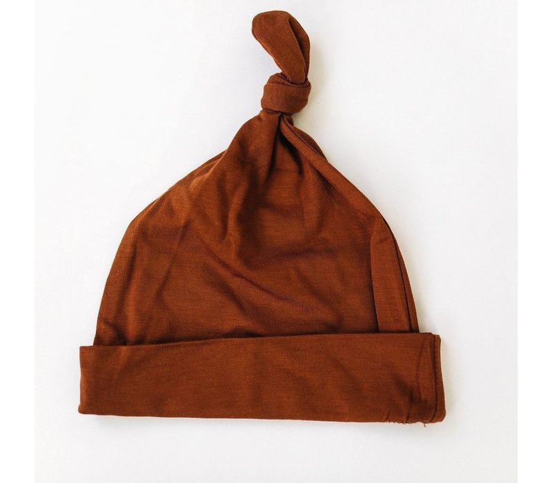 Rust knotted hat