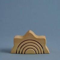 Wooden sun arch stacker