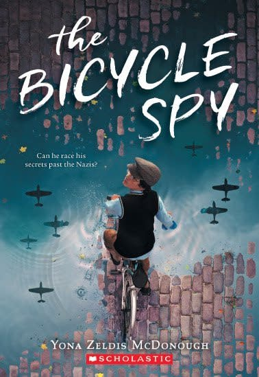 Scholastic Press The Bicycle Spy