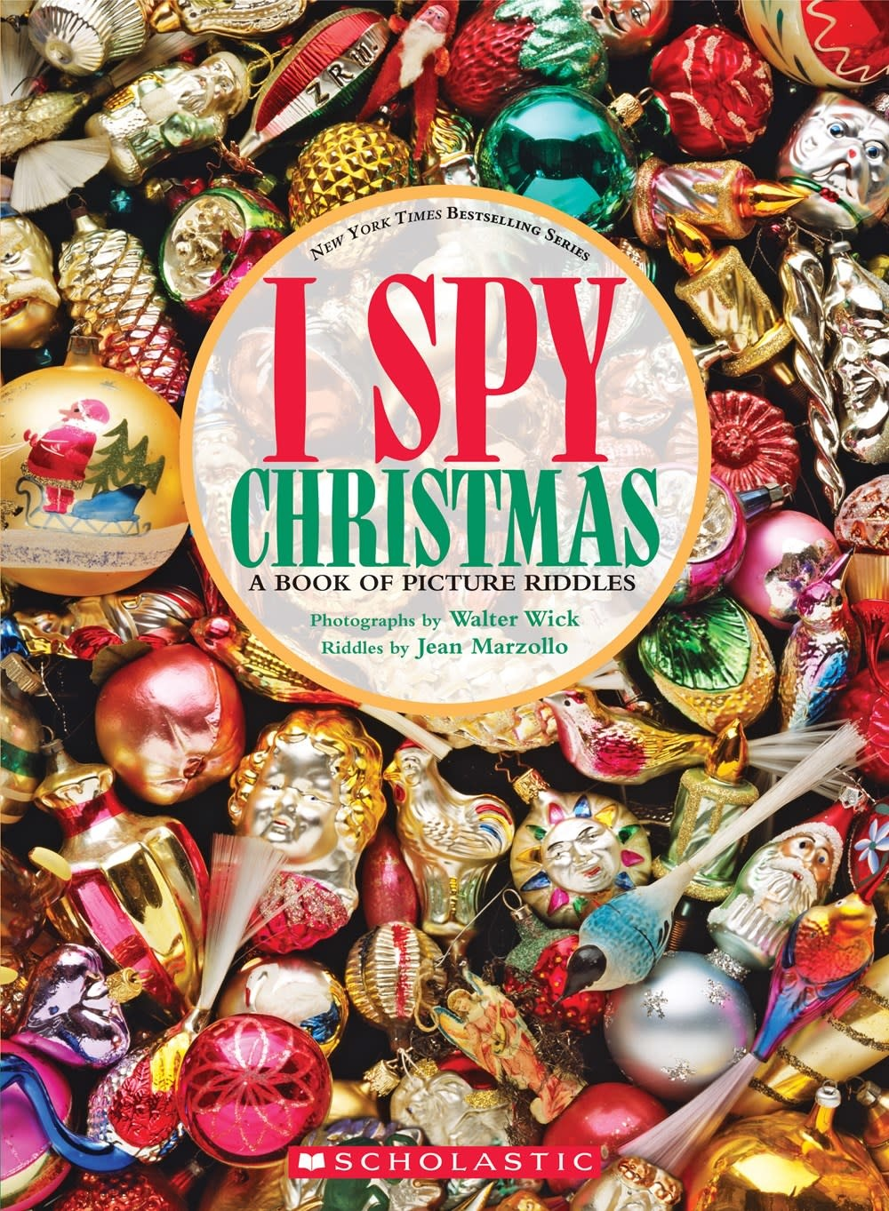 Cartwheel Books I Spy Christmas: A Book of Picture Riddles