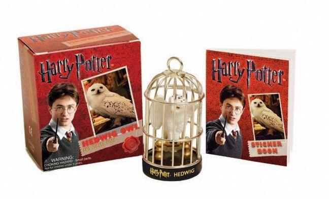 Running Press Harry Potter: Hedwig Owl Kit & Sticker Book
