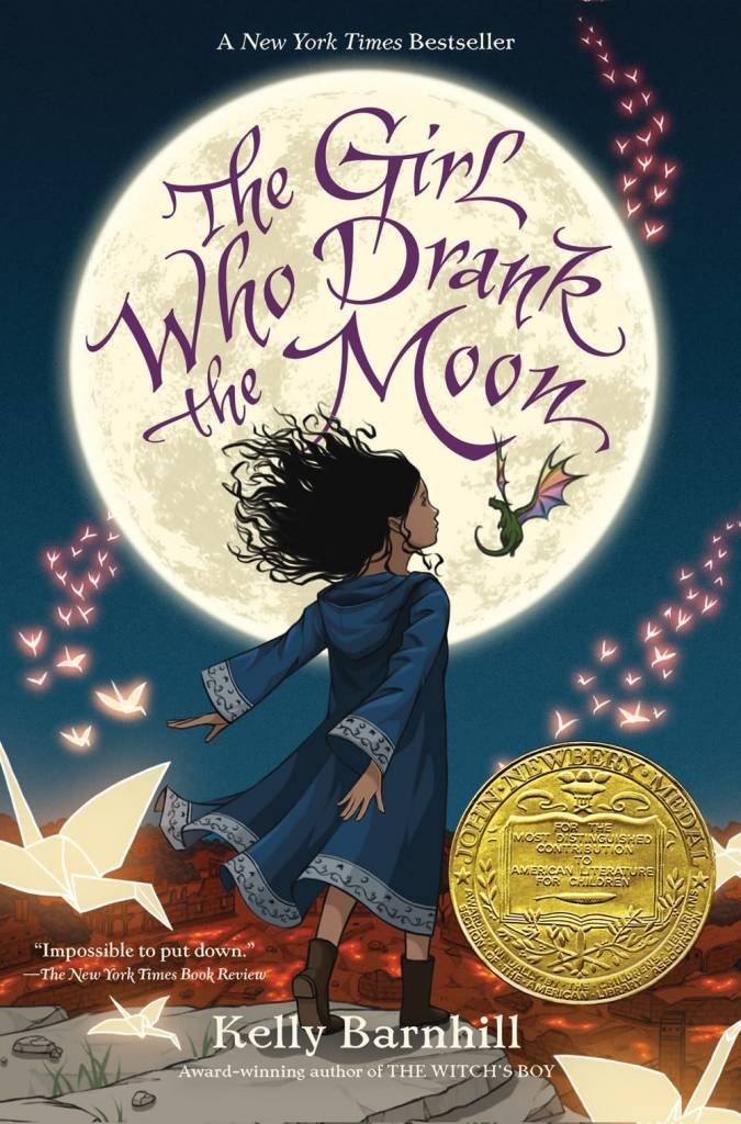 Algonquin Books The Girl Who Drank the Moon