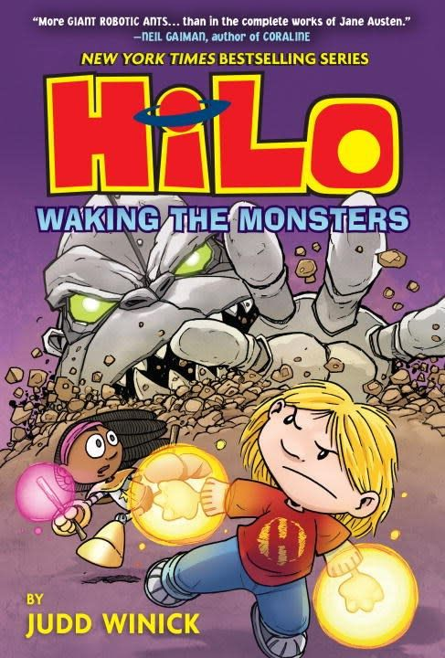 Random House Books for Young Readers Hilo 04 Waking the Monsters