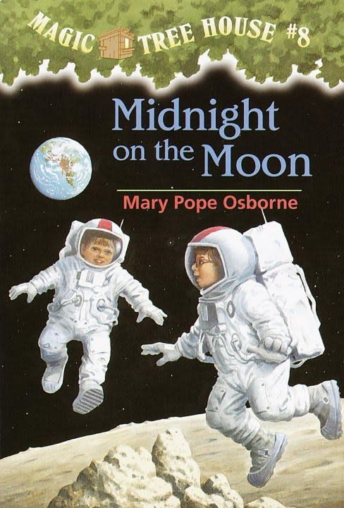 Random House Books for Young Readers Magic Tree House 08 Midnight on the Moon
