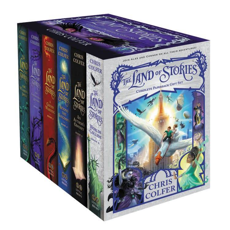 Little, Brown Books for Young Readers Land of Stories Complete Paperback Boxed Set (#1-6)