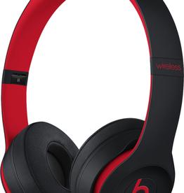 Beats MRQC2LL/A Beats Solo 3 Wireless - Defiant Black/Red
