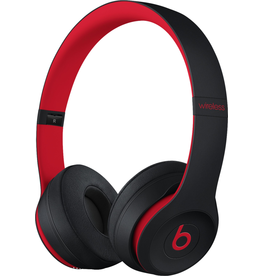 Beats MRQC2LL/A Beats Solo 3 Wireless - Defiant Black/Red
