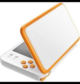 Nintendo Nintendo 2DS XL - White and Orange