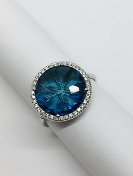 Suzanne Kalan White Gold and Blue Topaz Ring
