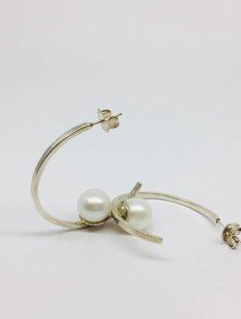 Joie DiGiovanni Floating Pearl Hoop Sterling Silver