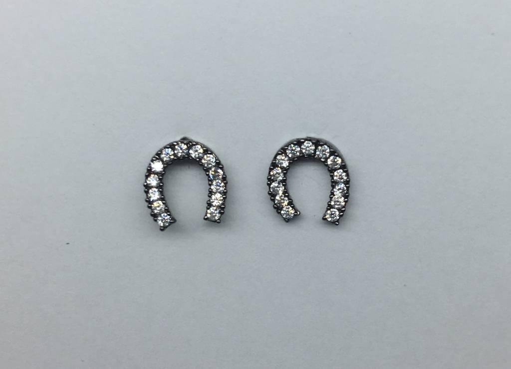 Tai Horseshoe earrings