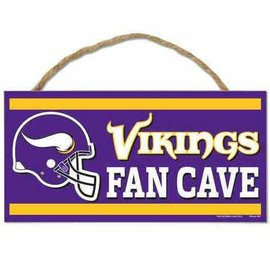 Minnesota Vikings Small Wooden Fan Cave Sign