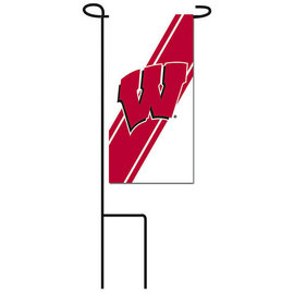 Wisconsin Badgers Mini Flag With Stand