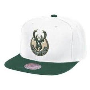 Mitchell & Ness Milwaukee Bucks Fresh Crown Flatbill Snapback Hat