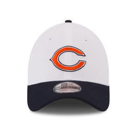 New Era Chicago Bears 39-30 White hat with navy bill