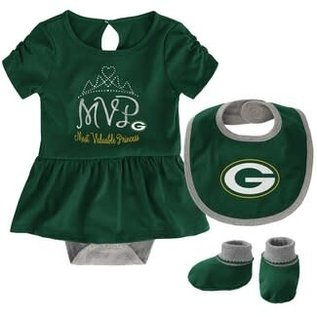 Outerstuff Green Bay Packers Infant MVP Creeper, Bib, and Bootie Set