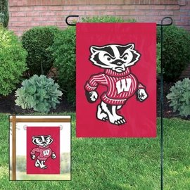 Wisconsin Badgers Garden Flag with Bucky