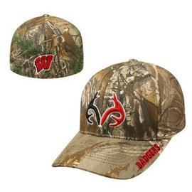 Wisconsin Badgers One Fit Realtree Xtra Hat