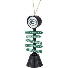 Evergreen Enterprises Green Bay Packers Fan Crossing Ornament