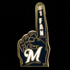 Milwaukee Brewers #1 fan hand pin - M logo