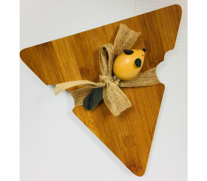 Cheeseboard w/Mouse Knife