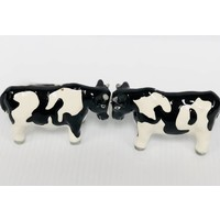 Salt & Pepper Set - Magnetic - Cows