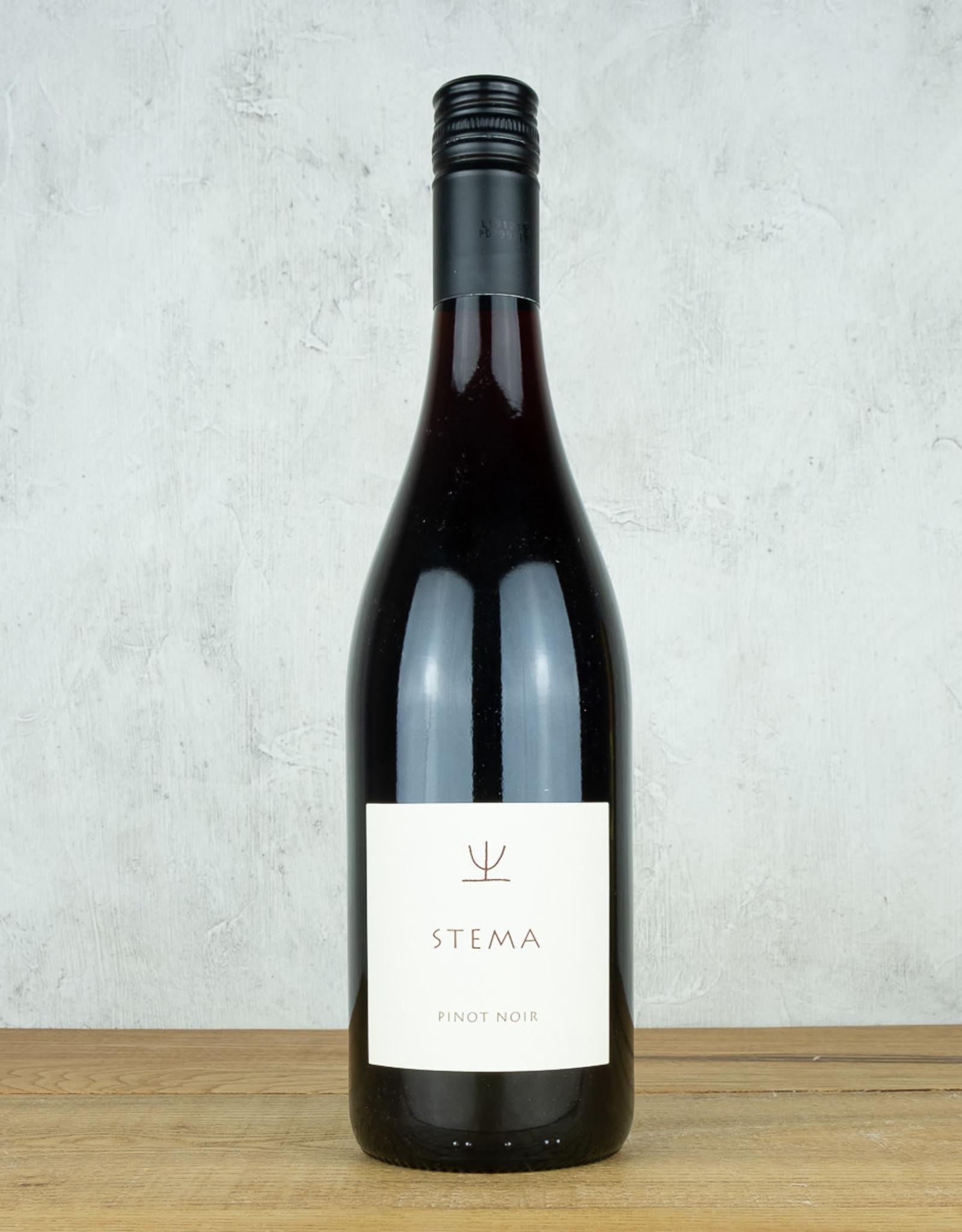 Stema Pinot Noir