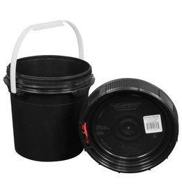 Harvest Keeper Spin Lock 1.25 Gal Black Bucket w/ Lid