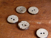 Big Bad Wool Big Bad Wool Coconut Etched Buttons