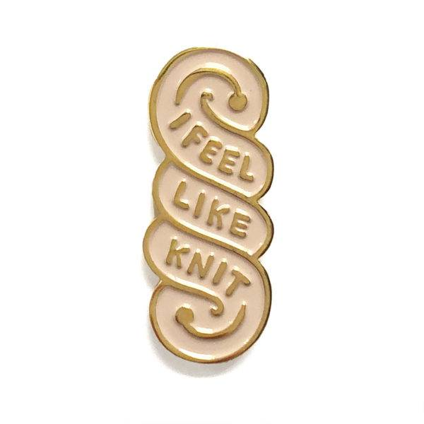 shelli Can I Feel Like Knit Pin (Ivory)