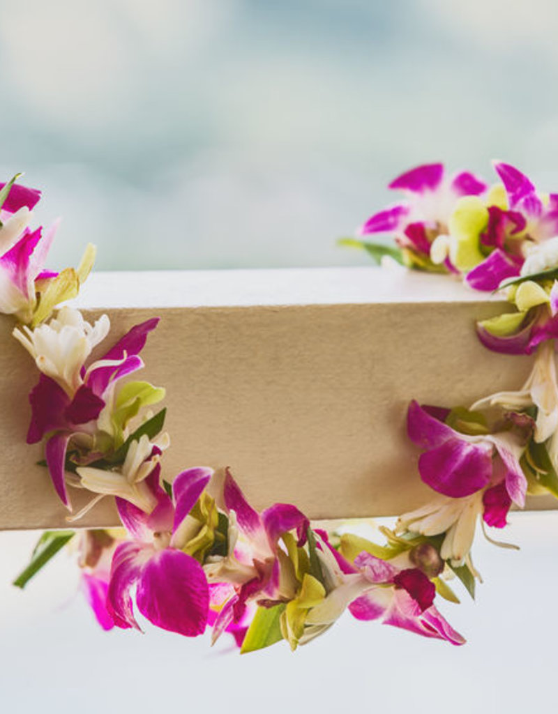 Class:  July 21st ~ Leis and Flower Crowns