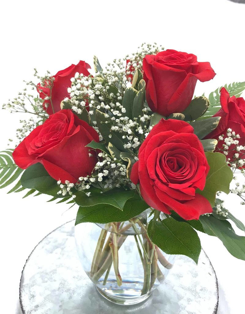 The Traditional Half-Dozen Roses
